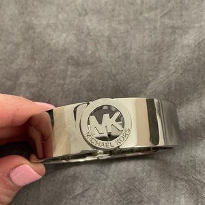 Michael Kors Chunky bracelet